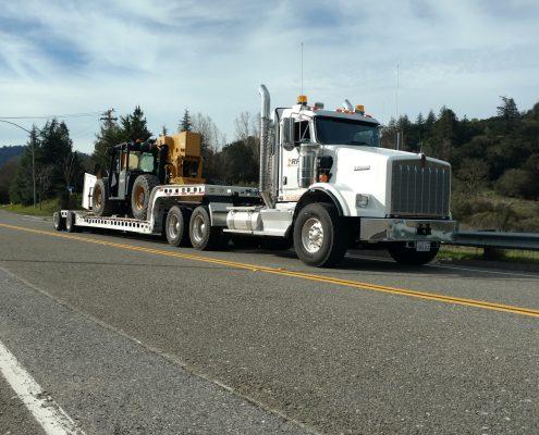 Tractor Heavy Hauling